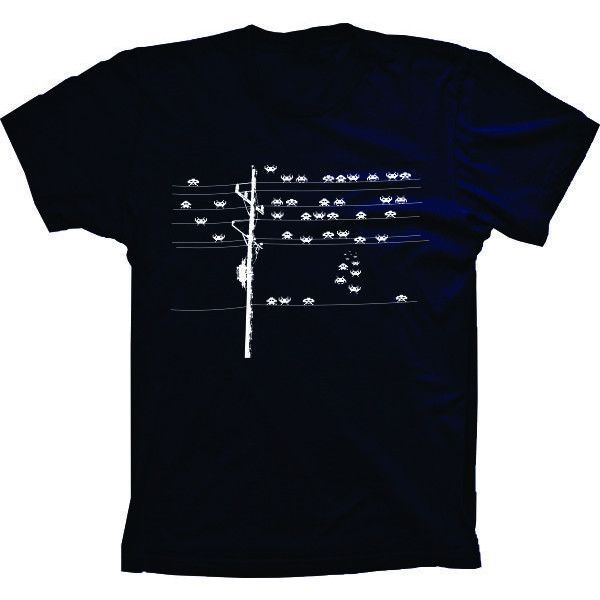Camiseta Space Invaders Poste